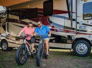 Couple enjoying their leveled motorhome with SnapPad PRIME
