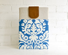 Damask blue and cream ladies laptop carrying case