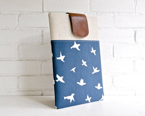 Laptop Sleeve Navy & White Birds