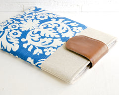 MacBook Air 13 laptop case in blue damask