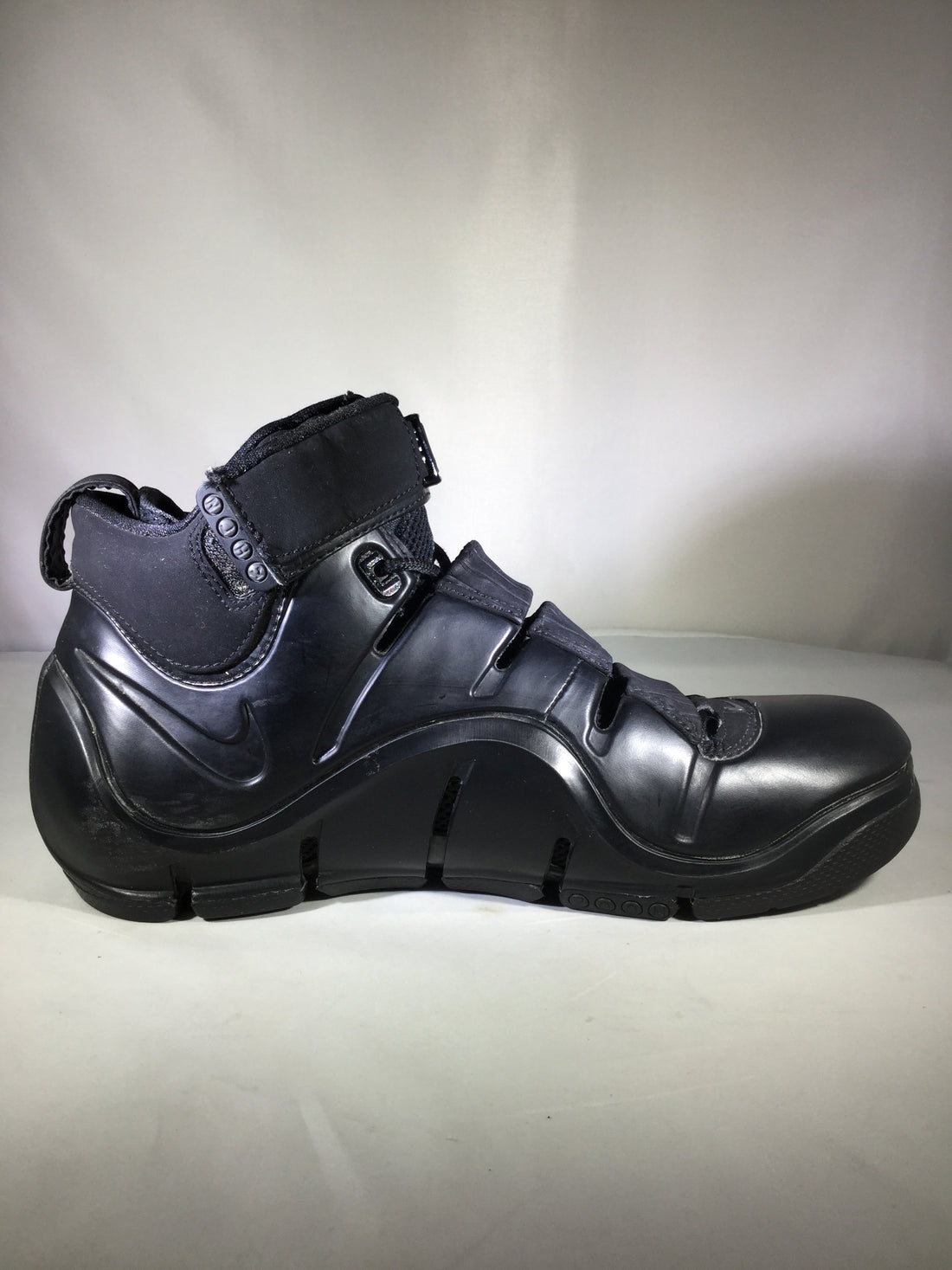 "Lebron 4 ""East Coast Blackout"" - 314647-001"