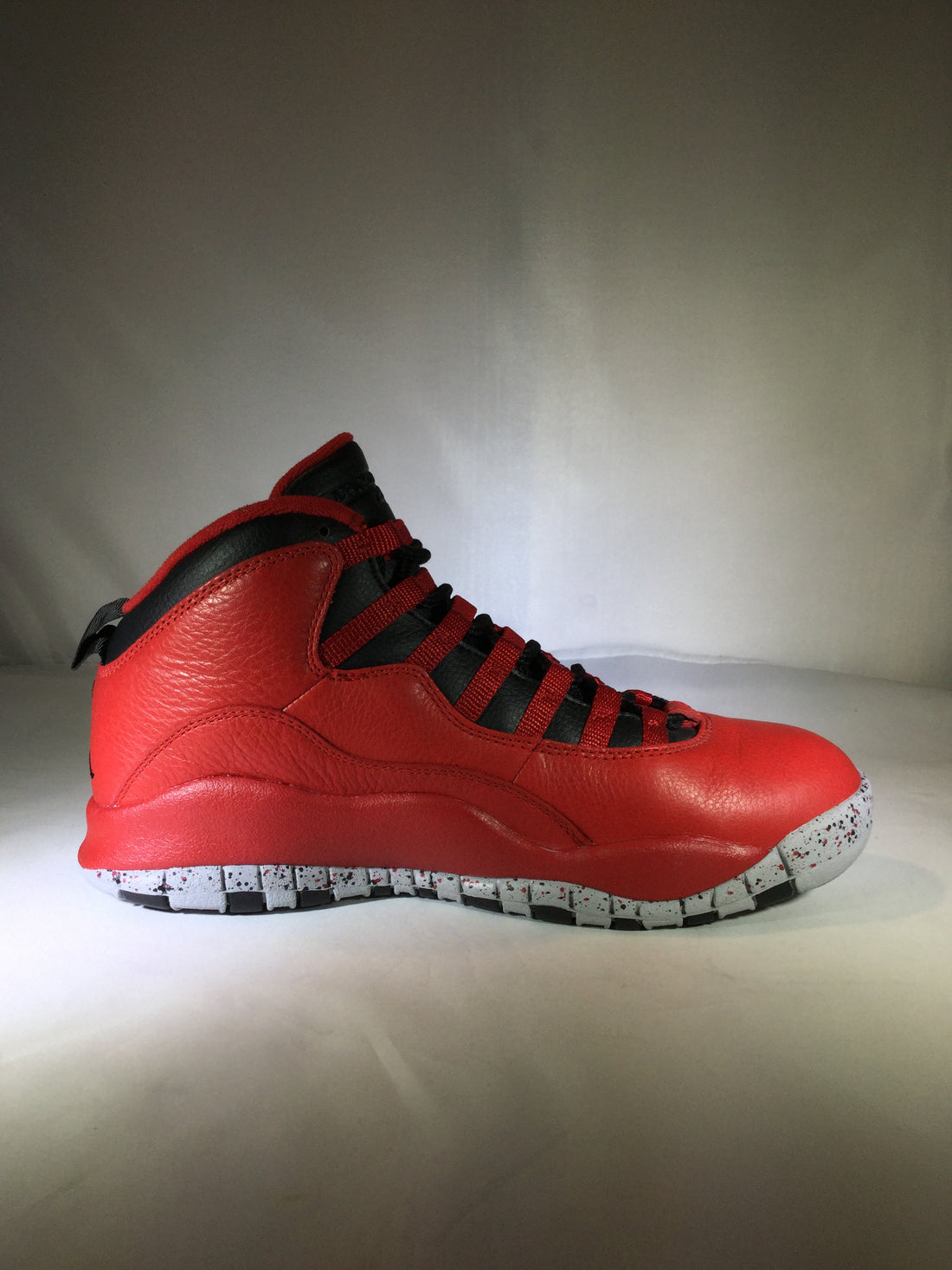 "Jordan 10 Retro ""Bulls Over Broadway"""