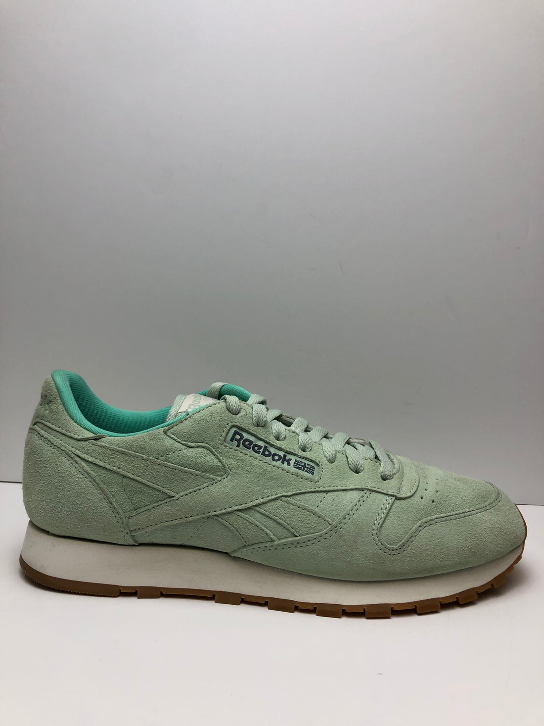 Reebok Classic Leather Line Friends