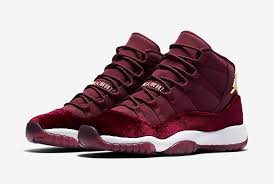 "Jordan 11 Retro ""Night Maroon heiress"""