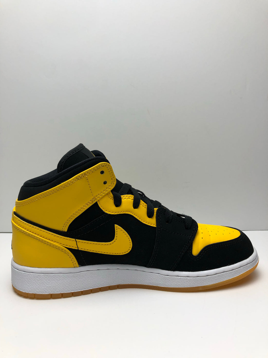 Jordan 1 Retro Mid New Love 2017 (GS)