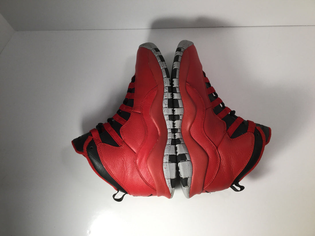 "Jordan 10 Retro ""Bulls Over Broadway"" - Used"