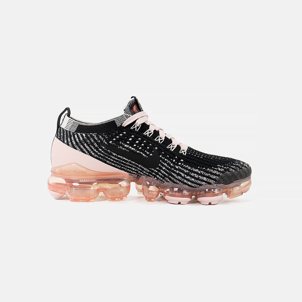 W Air Vapormax Flyknit 3- Black/White/Metallic Gold