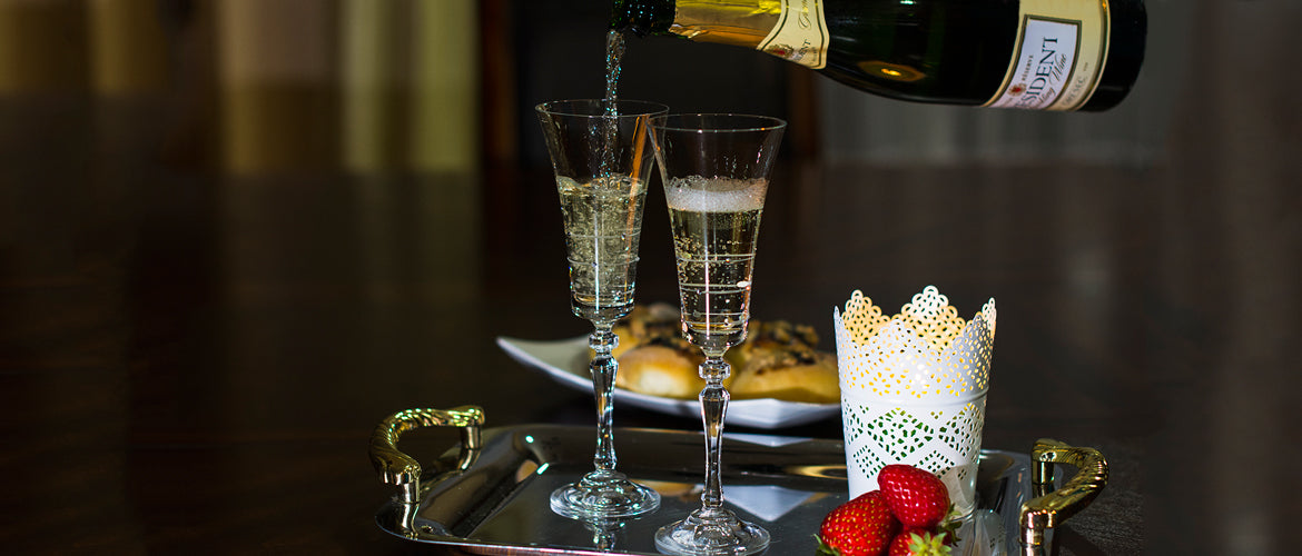 Champagne-glasses-Royal-Alex-by-JuliannaGlass-exclusive