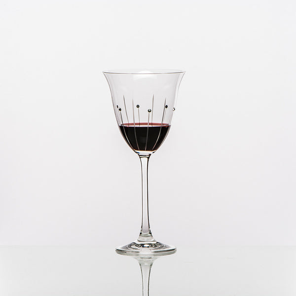 red-wine-glasses-falling-rain