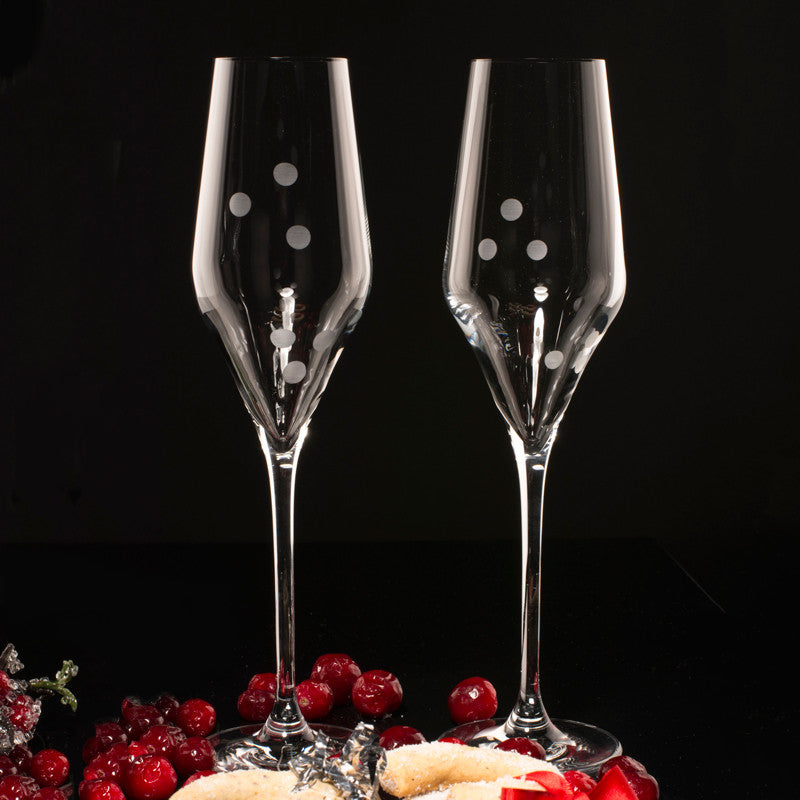 sparkling-wine-glasses-drops-of-joy