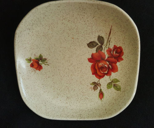 Cream Floral Curvy Saucer - Wood & Sons, made in Burslem, England