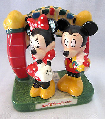*RARE* Vintage Walt Disney Salt & Pepper Shaker Mickey Mini Mouse Holder Set Of