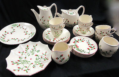 Fine China Dinnerware Set - Porcelain Dinnerware Set – Vintage Dish Set – 29 Pcs