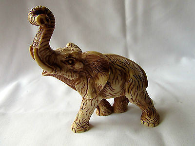 Vintage Elephant Trunk Up Collectable Ornament Homeware Etched Decor Figurine