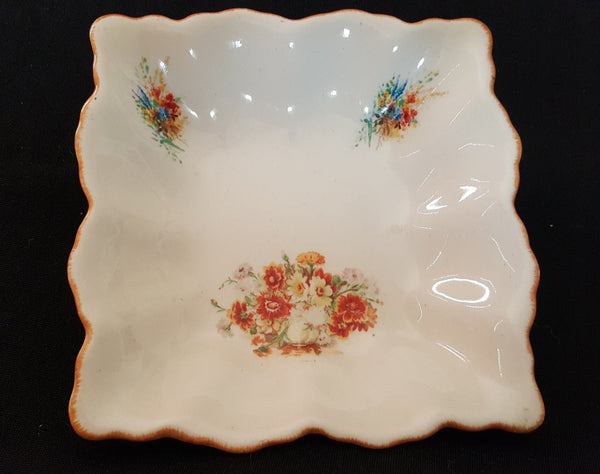 A Swinnertons Staffordshire England. Made in England tableware.