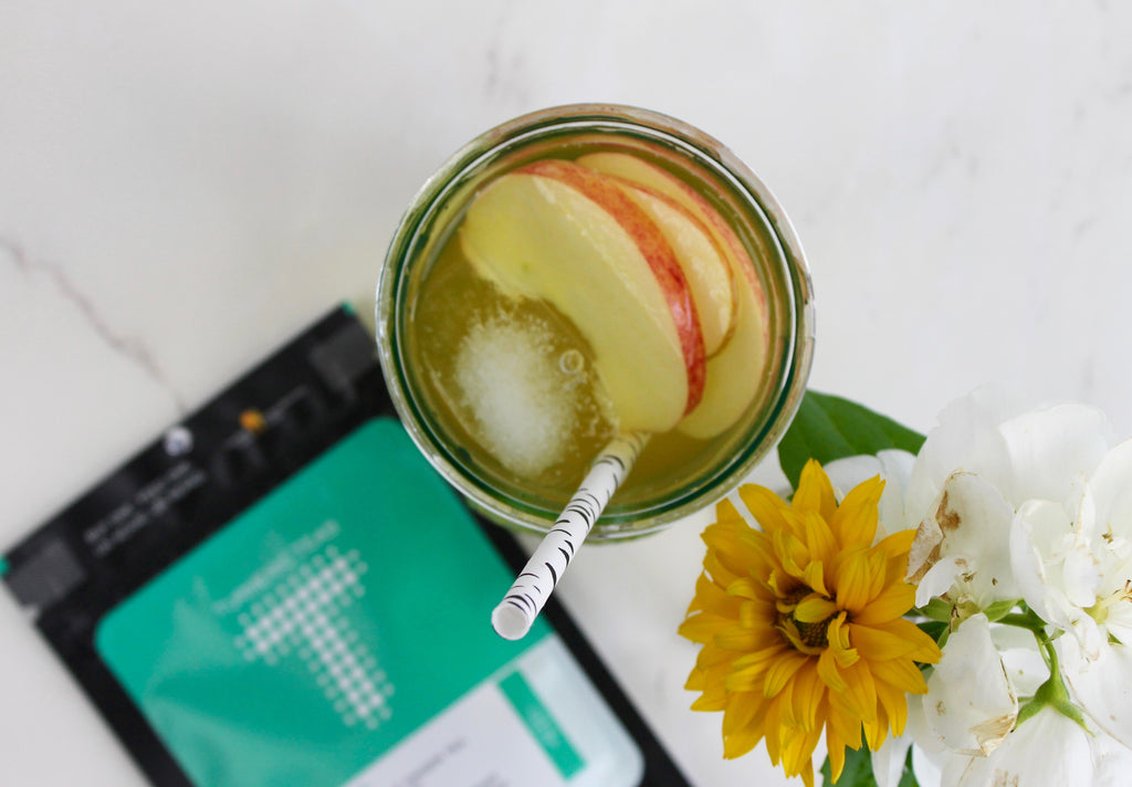 Tasty alternative to sugary drinks: Turmeric Apple Zinger!