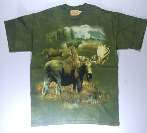 Moose - Grazing In Valley Mountain Shirt