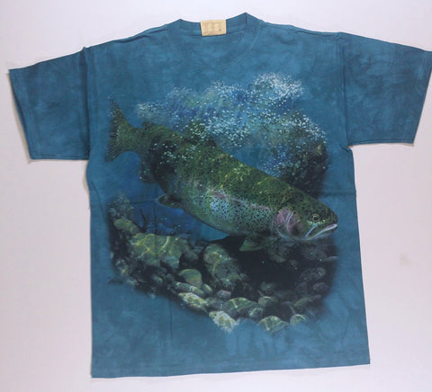 Fish - Fish Under Water Mountain Shirt