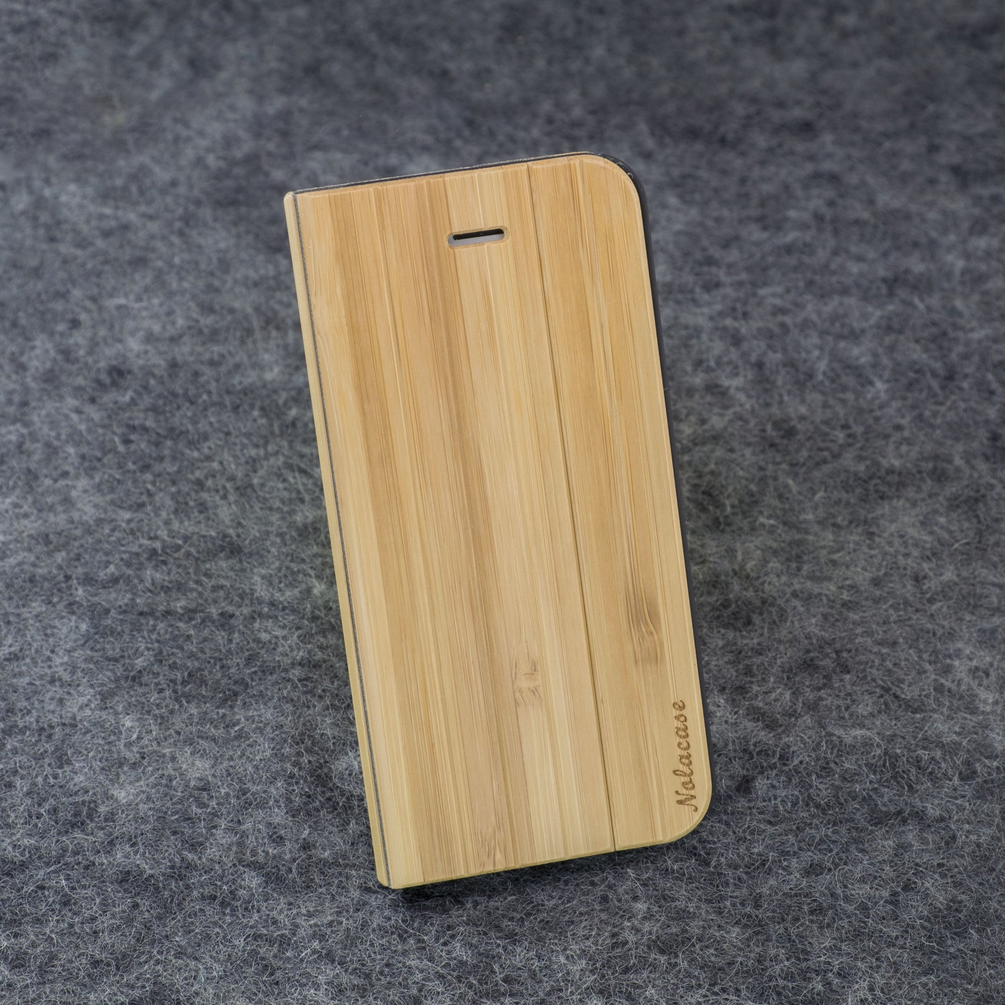 iPhone 5 / 5S Bamboo Flip Wood Case - NOLACASE - 1