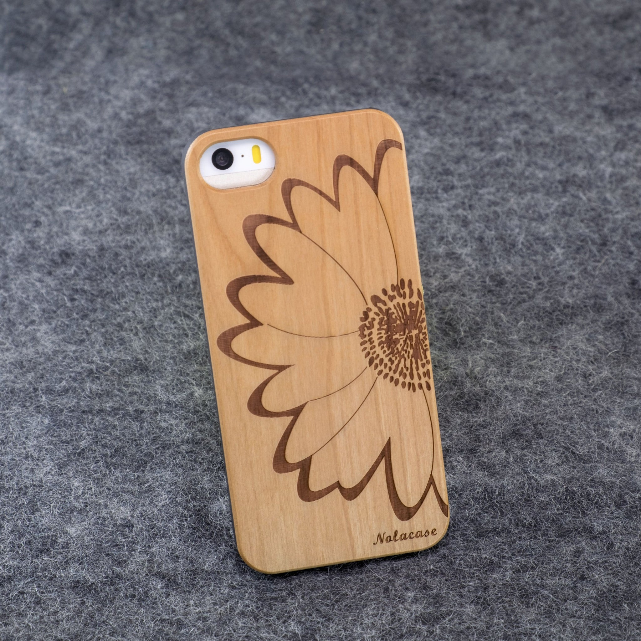 iPhone 5 / 5S Big Flower Slim Wood Case - NOLACASE