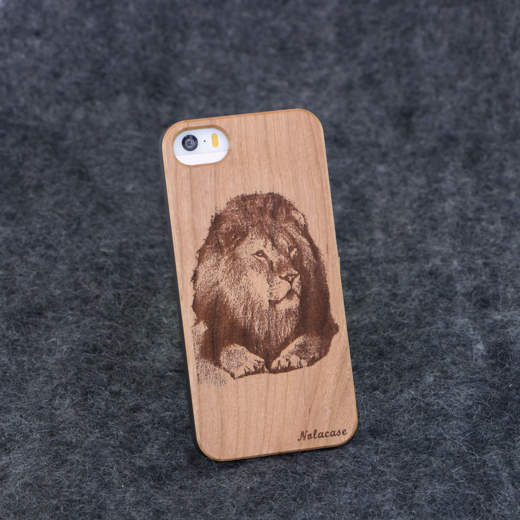 iPhone 5 / 5S Lion Slim Wood Case - NOLACASE