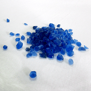 Dessicant Silica Gel - Before moisture absorbtion