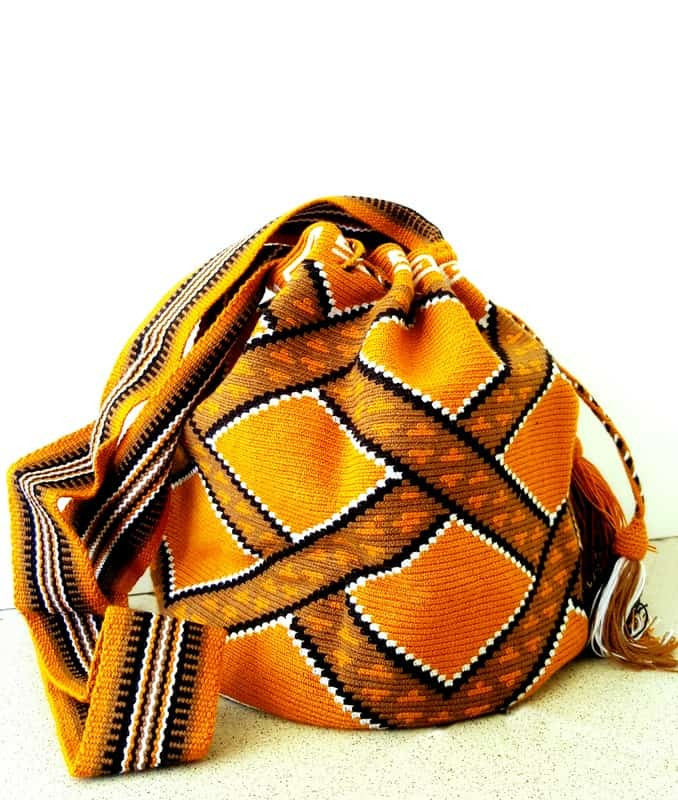 wayuu mochila bag rust black brown