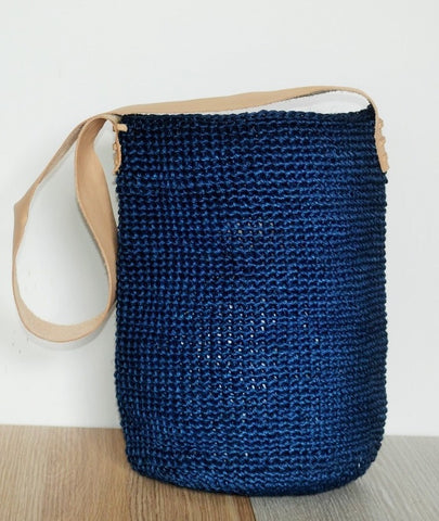 blue sustainable fique fiber and leather mochila shoulder bag