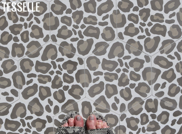 safari-9x8-hexagonal-cement-tile-rain1
