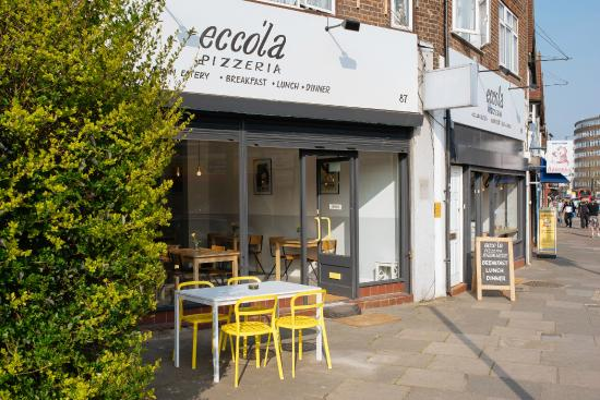 Ecco'la Café and Pizzeria