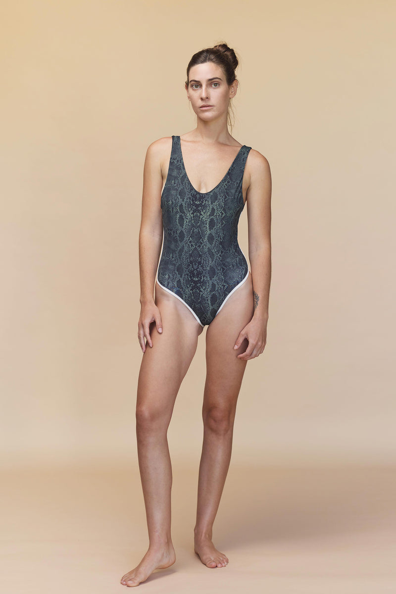 PALM SPRINGS FULL PIECE - RESORT 2020
