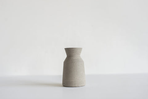 Carafe / Small / Grey