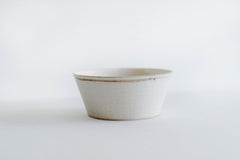 Trapetized Lined Bowl White / Brown Rim