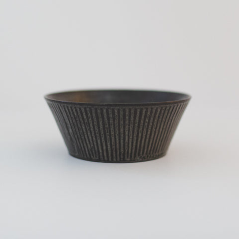 Trapetized Shinogi Bowl Black