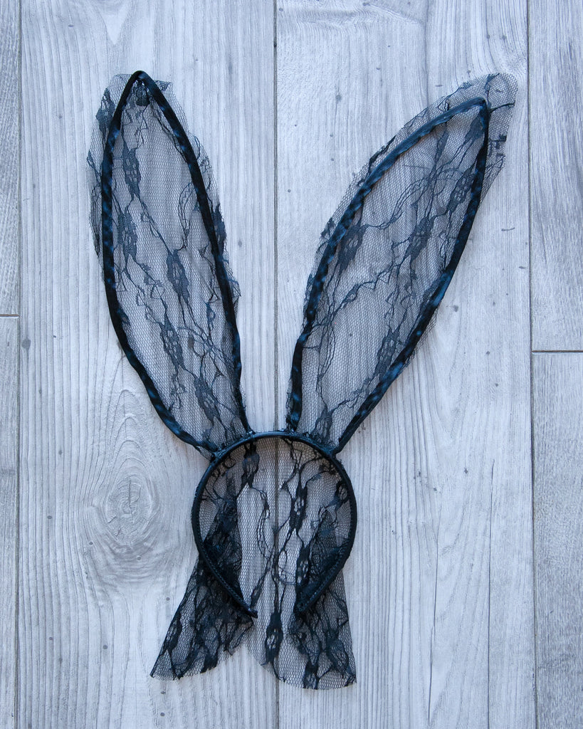 Lace Bunny Ears w/ Vail