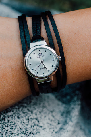 L822 - Circle Wrap Watch