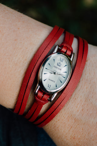 L823 - Oval Wrap Watch