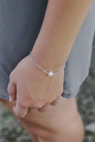 P306 - Single Pearl Bracelet