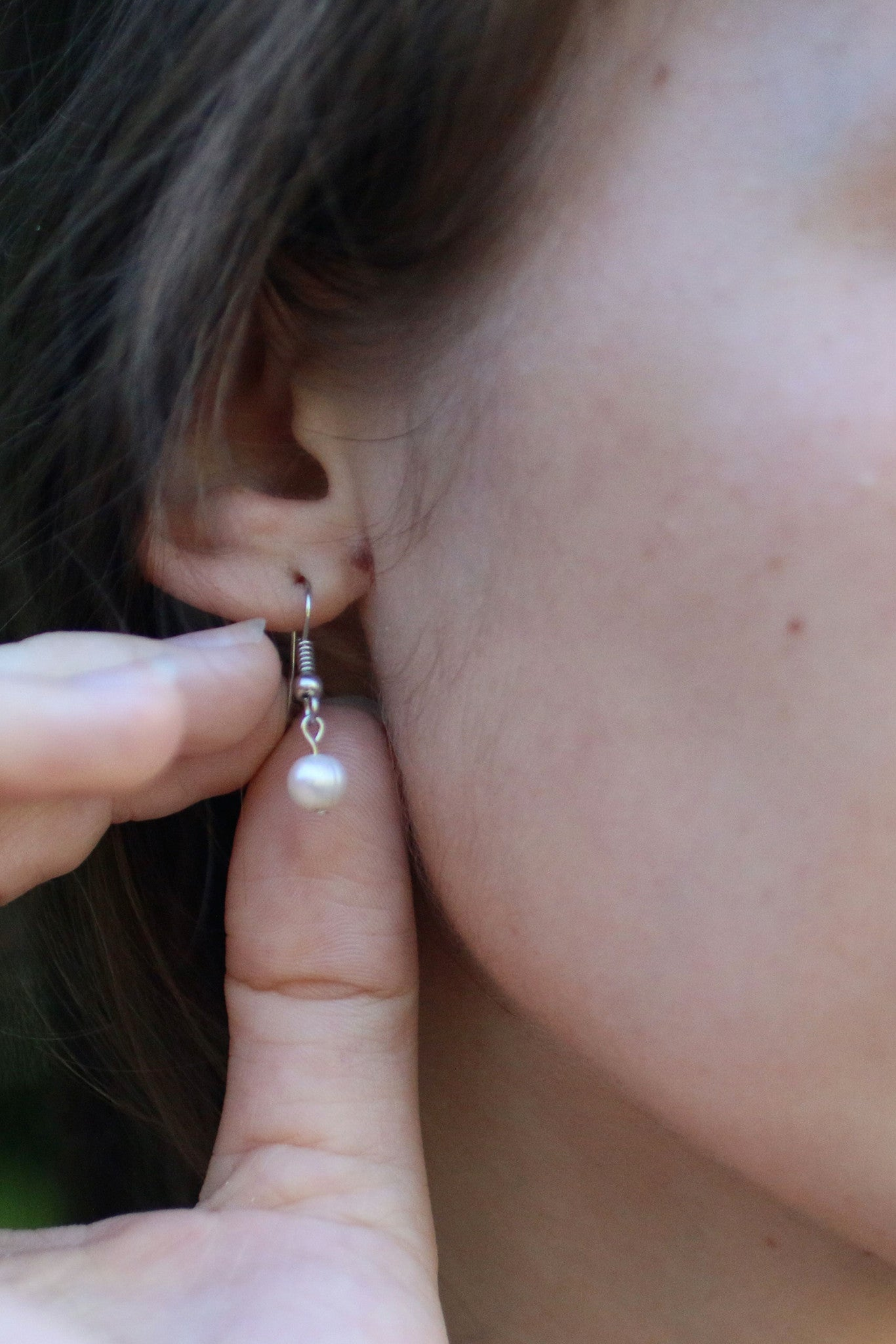 P308 - Single Pearl Earrings
