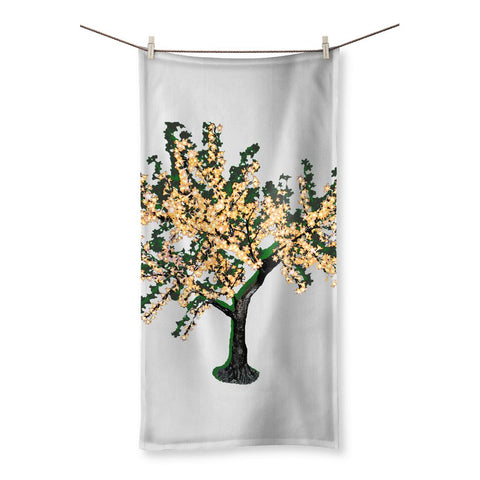 Shadow Tree in Green Beach Towel