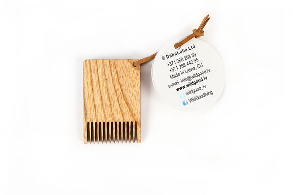Eco wooden brush cleaning comb - WildGood