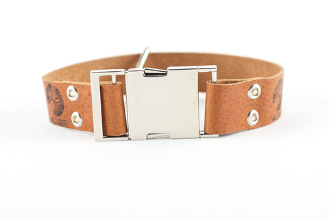 wild good dog collar front