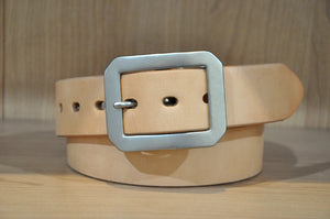 UES Vegetable Tanned Cowhide Belt (Natural)