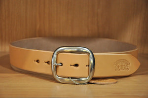 STUDIO D'ARTISAN BEND COWHIDE BELT (TAN)