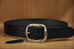 STUDIO D'ARTISAN BEND COWHIDE BELT (BLACK)