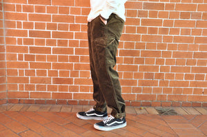 "Freewheelers ""Log Roller"" Heavy Corduroy Pants (Straight Tapered fit)"