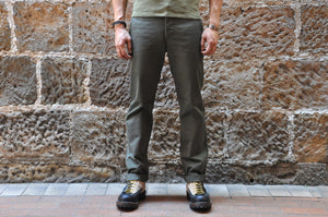 "Stevenson Overall ""Hilts"" Chinos (Olive)"