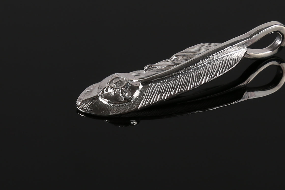 "First Arrow's ""Pure Honour"" silver Feather(Small)"