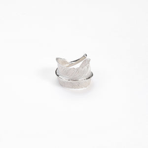 "Legend ""Curled"" Large Feather Silver Ring"