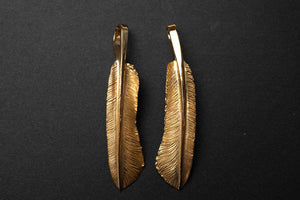 "Legend 22K Gold Ultimate ""Medium Feather"" Pendant"